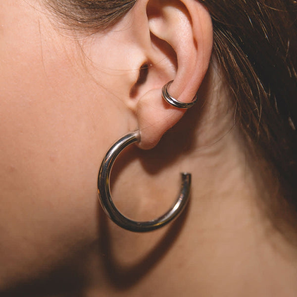 Astrid & Miyu Basic Large Hoop Earrings in Silver