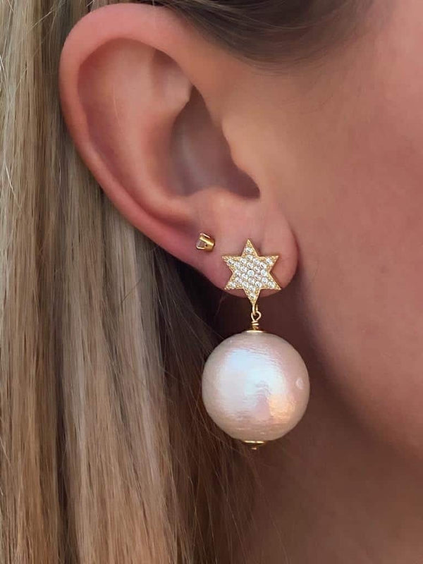 IcandiRocks Pearl Ball Star earrings in Gold