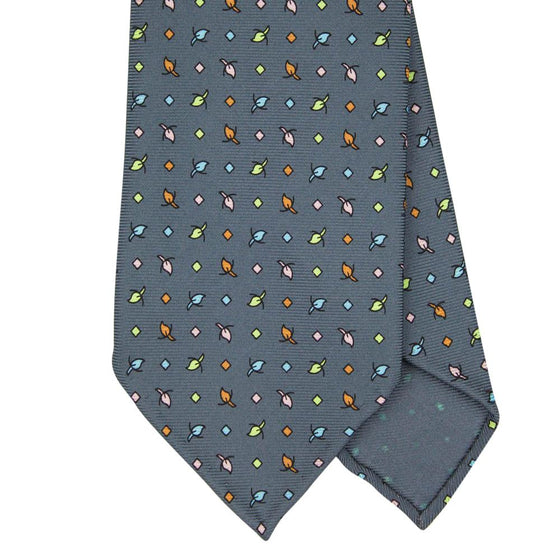 Grey Macclesfield Print 36oz Silk Ties 8cm G11 - Exquisite Trimmings