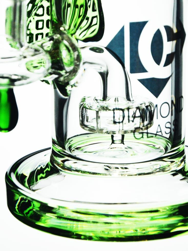 Emerald Green Dab Rig by Diamond Glass.
