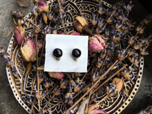 Load image into Gallery viewer, Sheen Obsidan Stud Earrings No.2