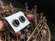 Load image into Gallery viewer, Onyx Stud Earrings No.2