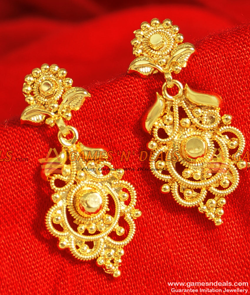 ER089 - Latest Gold Plated Jewellery Guarantee Party Wear Leaf Design