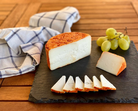 LACTOSE FREE SEMI-CURED PAPRIKA GOAT CHEESE