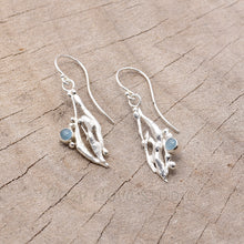 Load image into Gallery viewer, Hand crafted sterling silver drop earrings with aquamarine cabochons (E632)