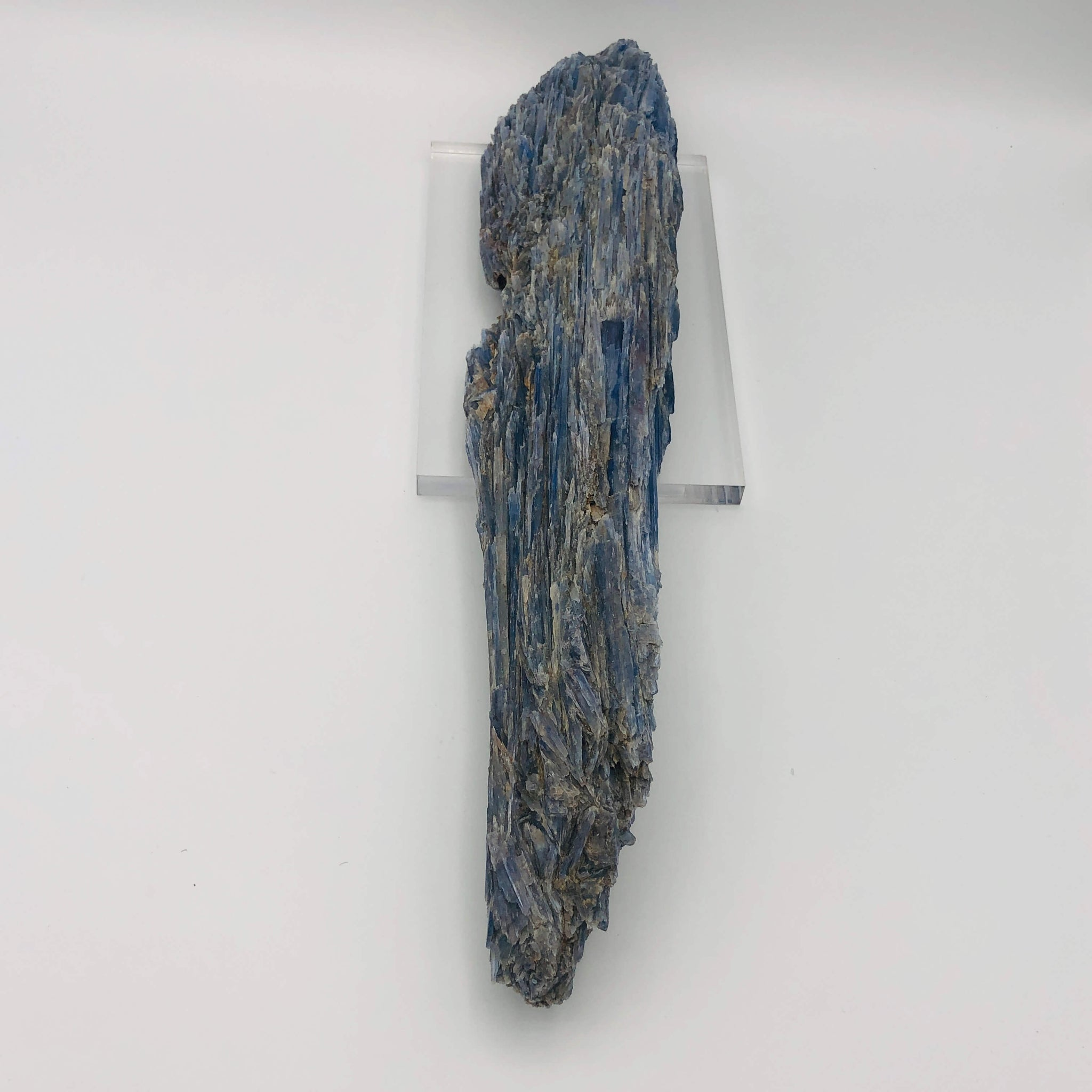 Large Kyanite Log