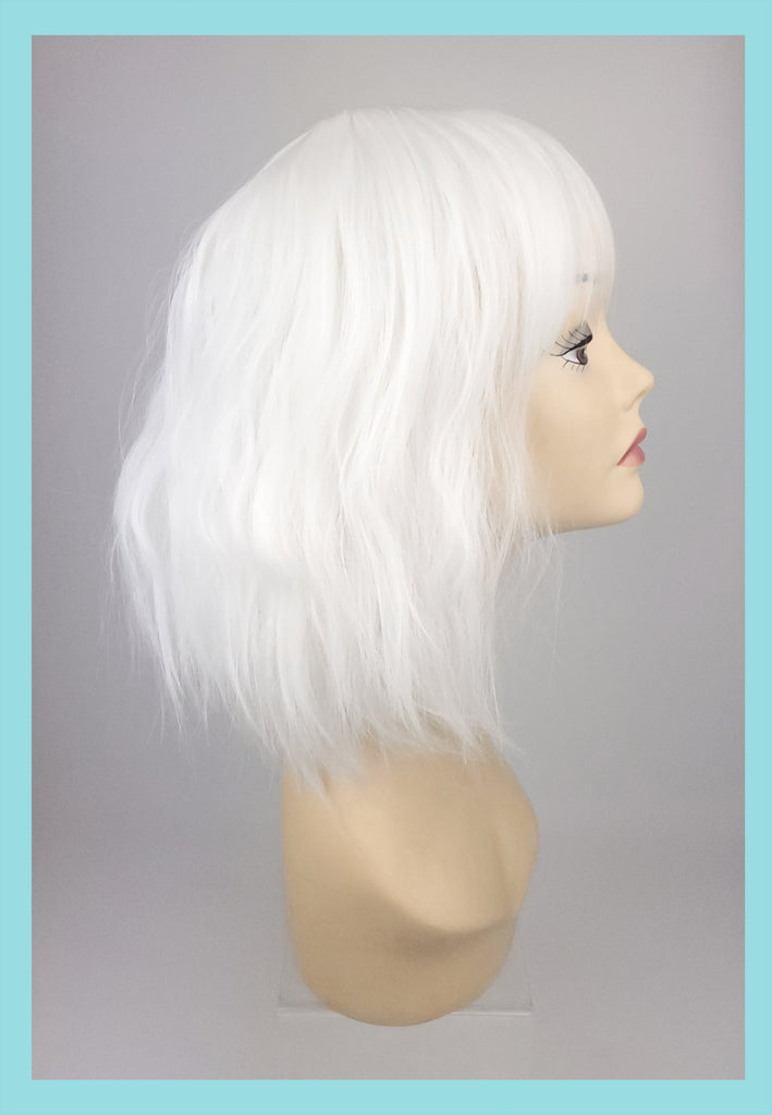 Atomic Blonde Wig in Platinum (Side)