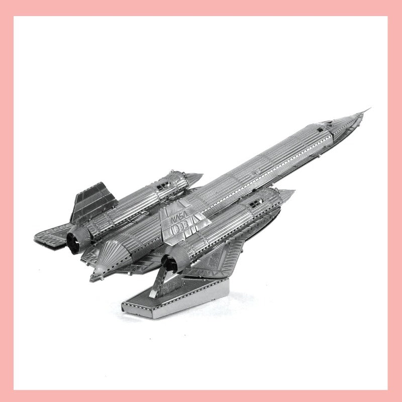 Metal Model Kit - SR-71 Blackbird