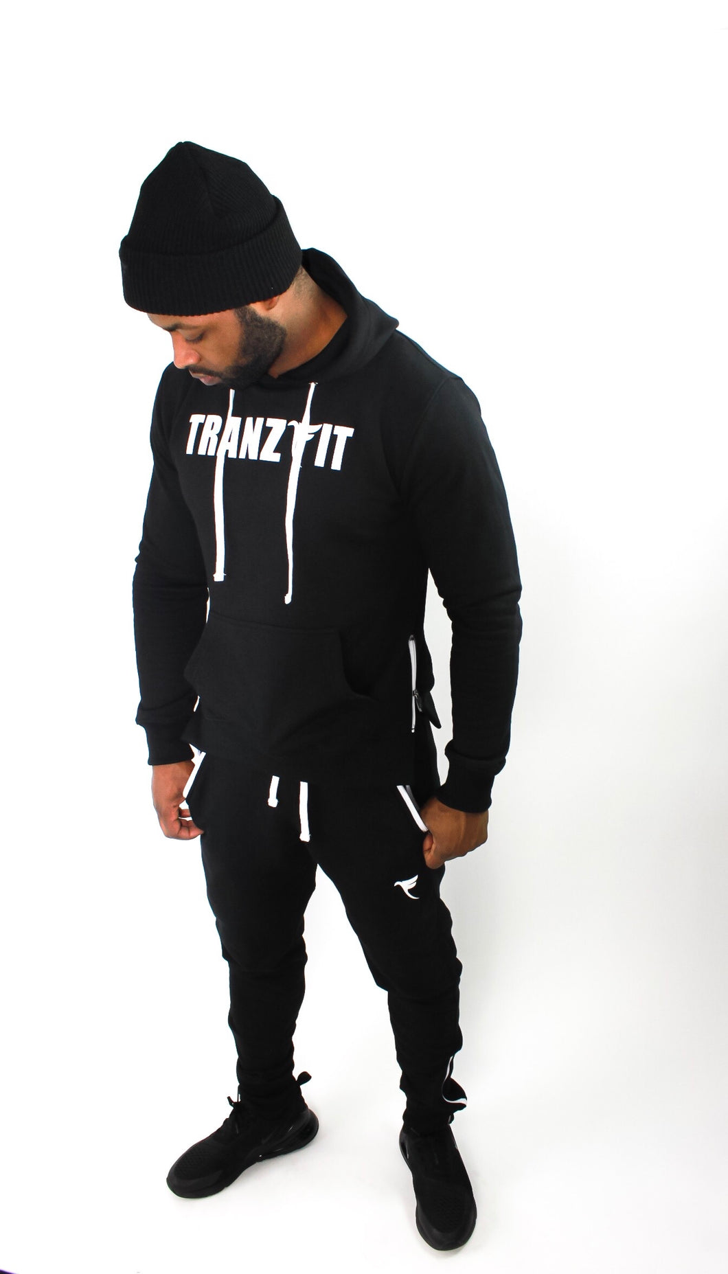 Tranzfit-Raised Logo SweatPants (Black)