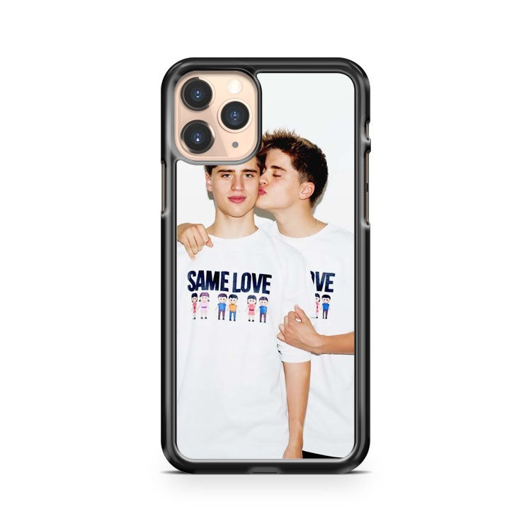 Martinez Twins Kiss iPhone 11 Pro Case Cover