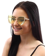 Load image into Gallery viewer, Sunglasses - Gold - Belladeem