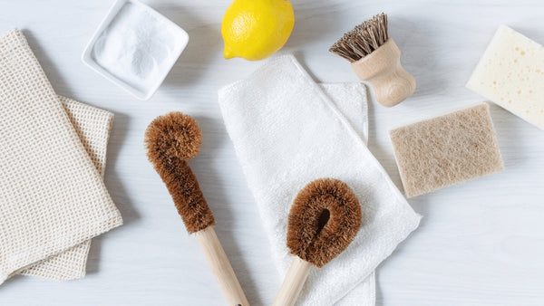 Plastic-free Cleaning Supplies