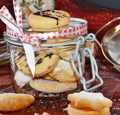 Cookies in gift jar