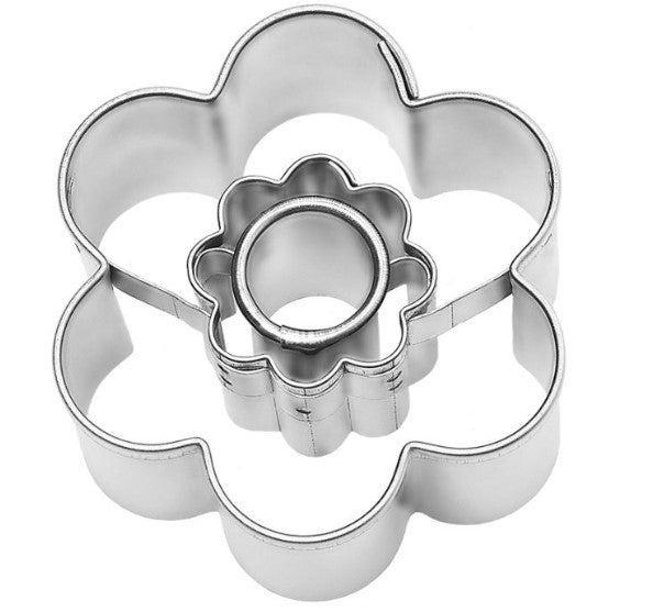 Small Flower Cookie Cutter with Internal Detail 4.5cm