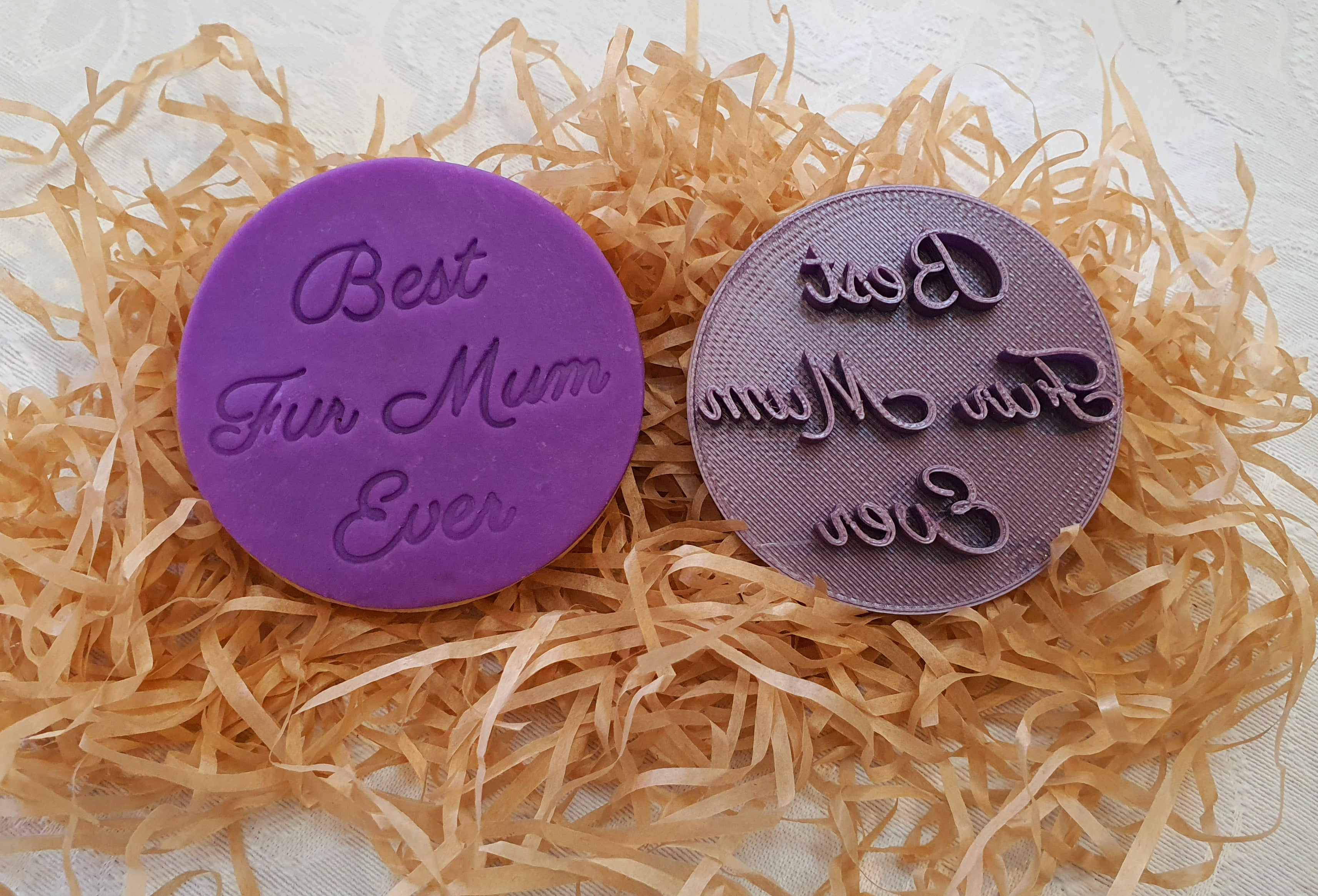 Fondant stamp 'Best Fur Mum Ever'