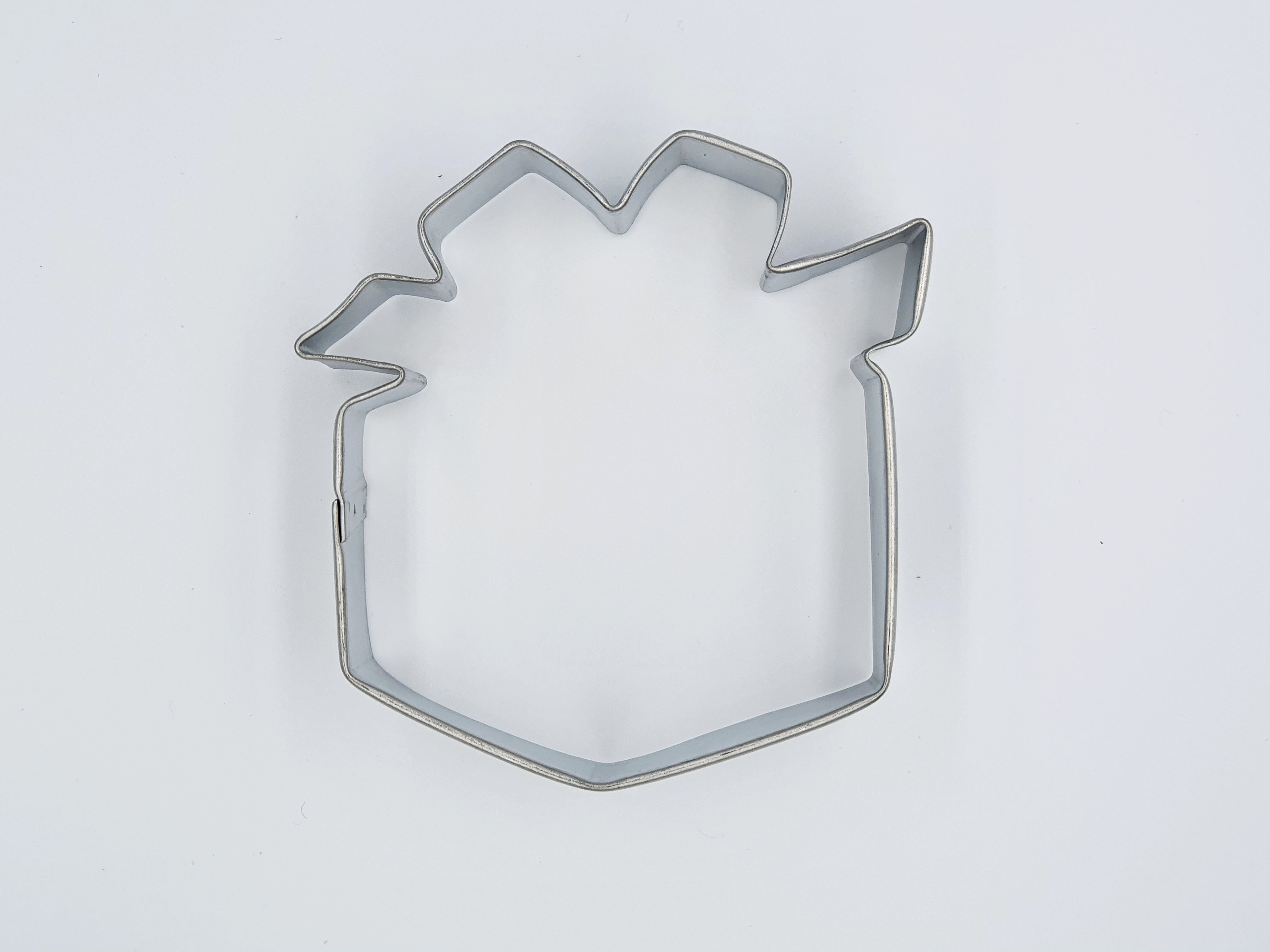 Gift Cookie Cutter with Bow 8cm