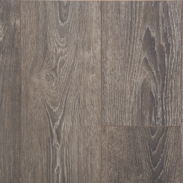 Swiss Sync Chrome Laminate. Colour 'Grinon Oak'