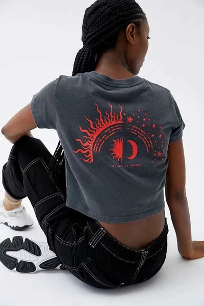 Black Graphic Women Sun Hat Print Crop T-shirts