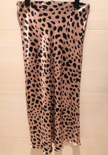 Styling leopard skirt women Naomi Wild Things high waist midi skirts faldas mujer
