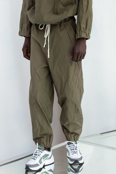WASHED ROUNDED TRACKING PANTS with white jersey drawstring