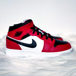 Jordan 1 Mid Chicago Toe <br>(GS/Bae Sizes)