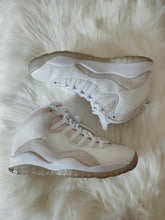 Load image into Gallery viewer, Jordan Retro 10 Drake OVO White <br> (Size 8)