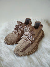 Load image into Gallery viewer, Yeezy 350 V2 Earth <br> (Size 4.5)