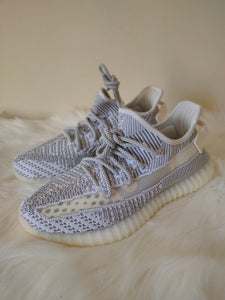 Yeezy 350 V2 Static Non-Reflective <br> (Size 8)