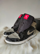 Load image into Gallery viewer, Jordan 1 Shadow Camo <br> (Size 9)