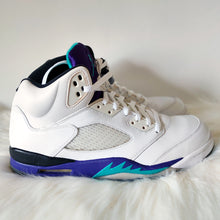Load image into Gallery viewer, Jordan 5 Grape <br> (Size 11.5)