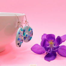 Load image into Gallery viewer, Round Hydrangea and Bird Earrings