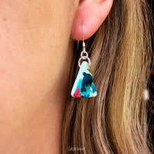 Load image into Gallery viewer, Triangle Doplhin Earrings