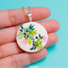 Load image into Gallery viewer, Succulent_Polymer_clay_handmade_neckalce