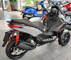 Piaggio MP3 300 Business hpe ABS ASR Silver