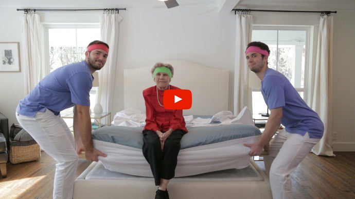 2. Video: How do I put sheets on without lifting my mattress?