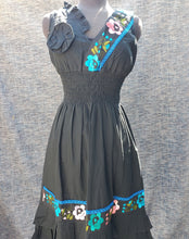 Load image into Gallery viewer, Black Embroided Dress