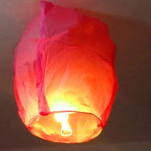 Load image into Gallery viewer, 1pc Night Party Candles Flying Lights Wishing Valentine's Day Holiday Hot Air Balloons DIY Fire Lights Friends Family Christmas