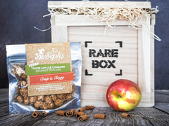 Vegan Popcorn With Apple And Cinnamon gift in a box