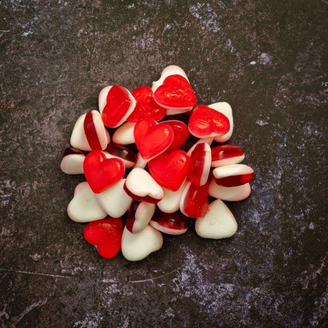 heart throb shaped red flavoured sweets pick and mix online