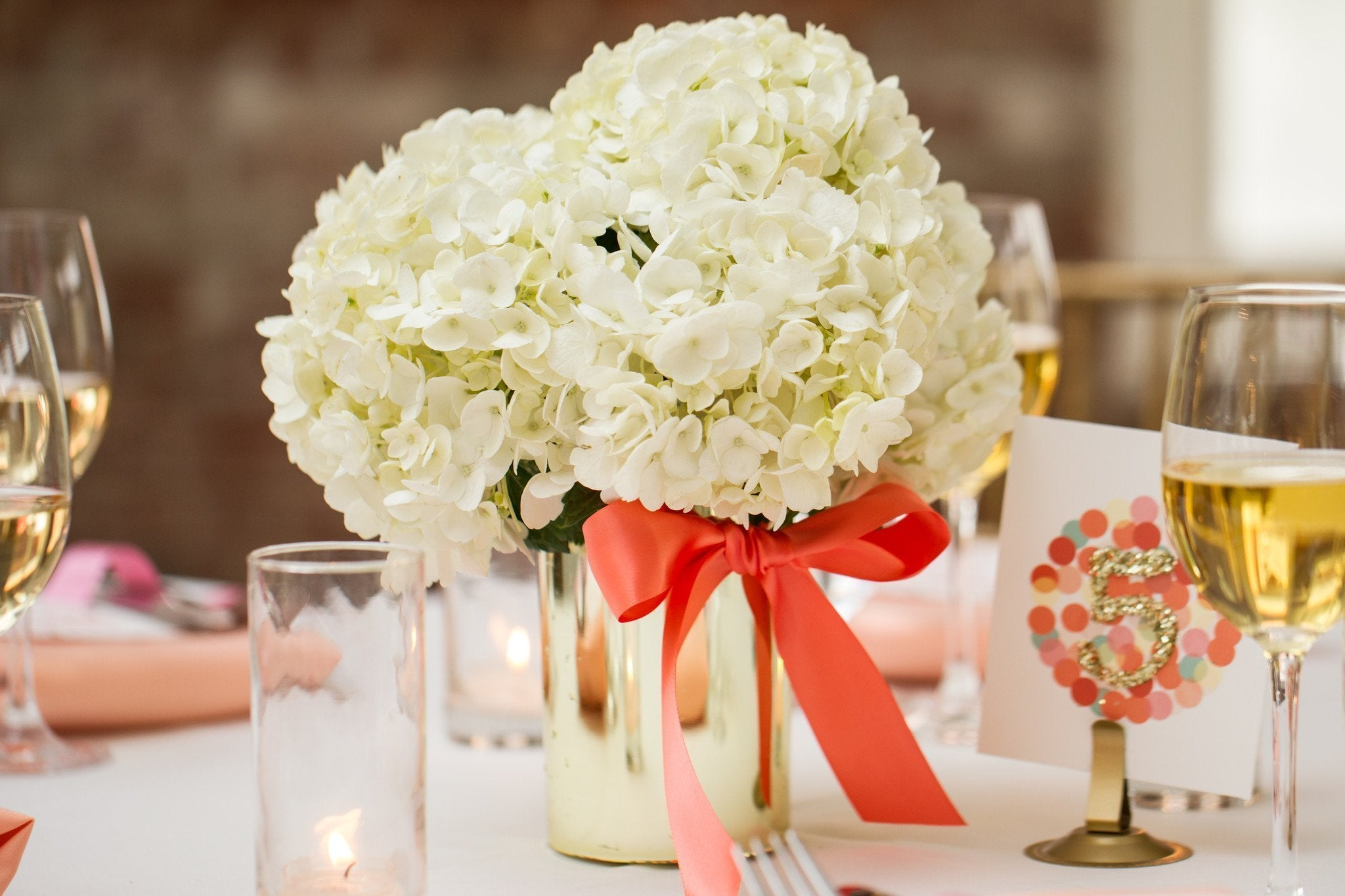 Centerpiece Gold Luster Cylinder