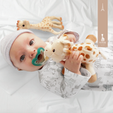 RaZbuddy Sophie The Giraffe Paci Holder