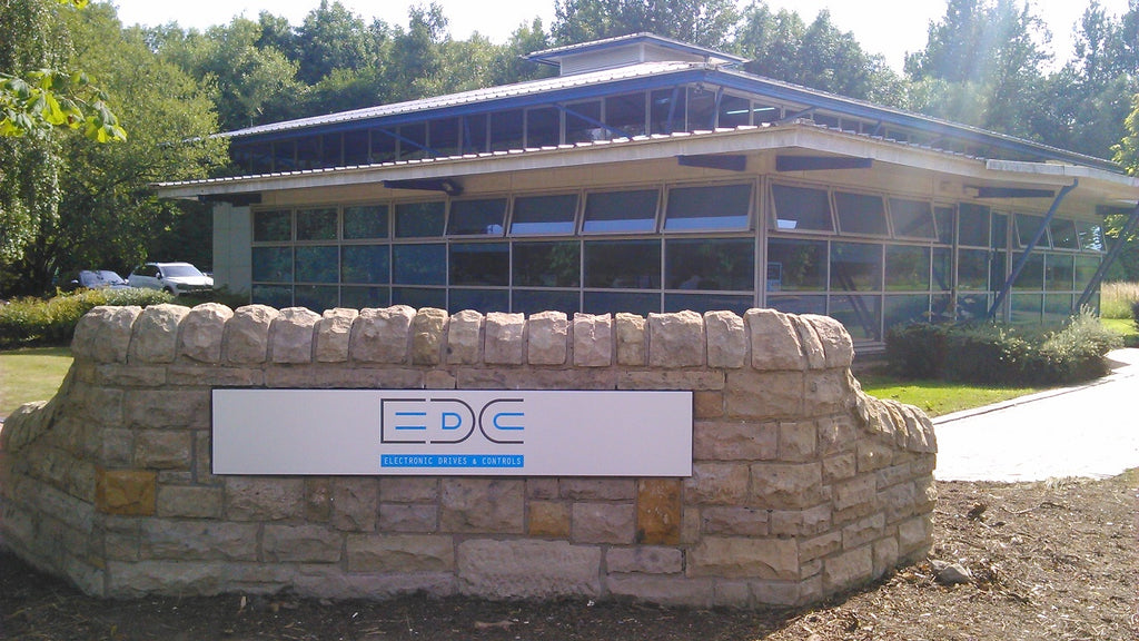 EDC taken on apprentice service engineers