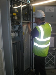 edc engineer installing a hire drive on site