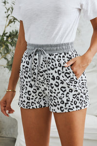 Women's Short Black/White Leopard