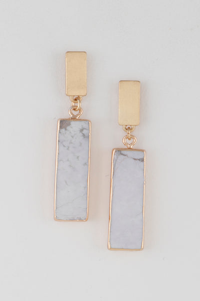 Rectangle shaped earrings with stone look design