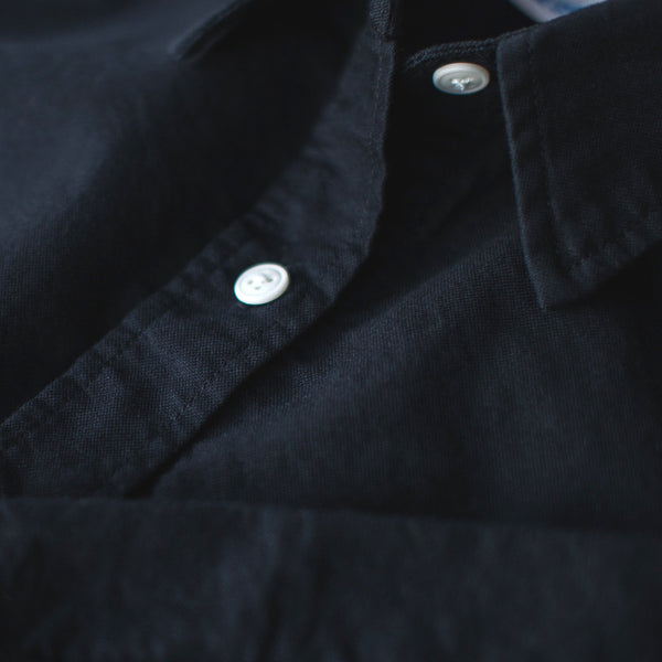 Taylor Stitch - The Katherine in Washed Black Oxford