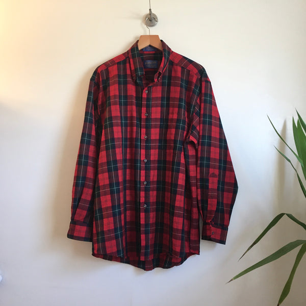 Hey Tiger Men's vintage Sir Pendleton Authentic Ruthven Tartan Plaid long sleeve button up Oxford shirt // size Medium
