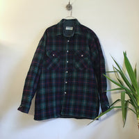 Hey Tiger Vintage Whitefish Bay Quilted Lined plaid flannel // unisex size Large
