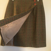 Vintage wool blend houndstooth wrap skirt // size 8 Medium