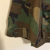 Vintage Woodland camo military army shirt jacket coat // unisex size medium long